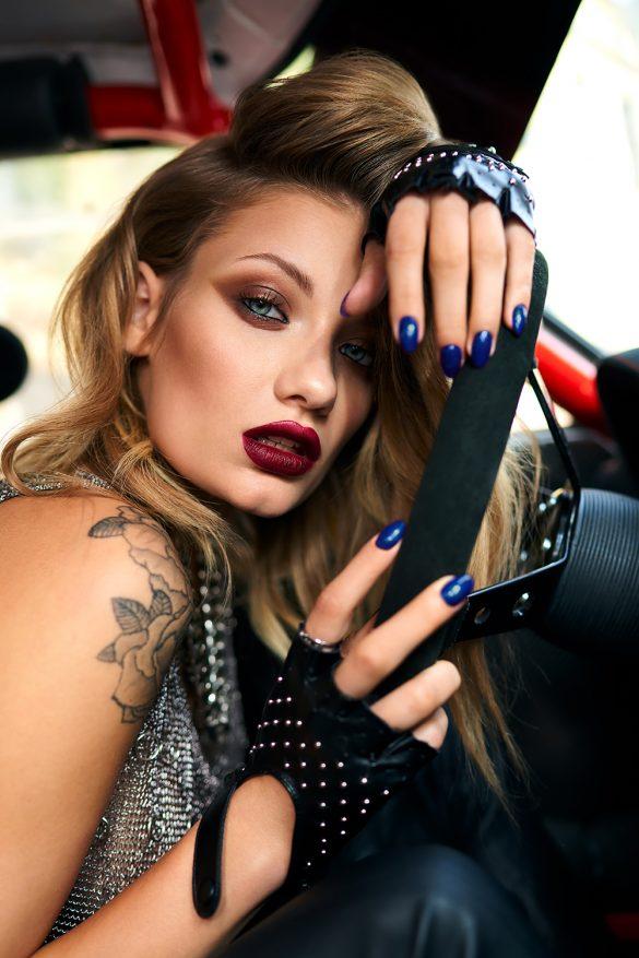"""Kolorowe trendy w manicure od Indigo – kolekcje """"Iron"""" & """"Blue Jeans"""""""